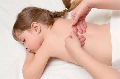 Фото массажиста с ребенком